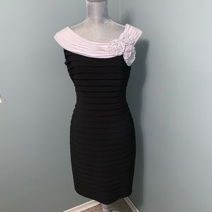 Adrianna papell cocktail dress size 14 petite